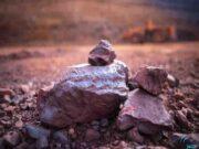 """پذیرش ۳۰۰ هزار تن کلوخه سنگ آهن """"سنگان"""" در بورس کالا"""