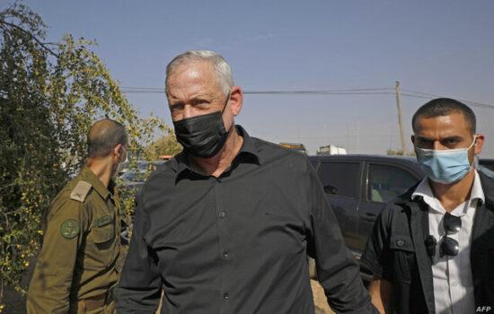 بنی گانتس هم مدعی دست داشتن ایران در انفجار کشتی اسرائیلی شد