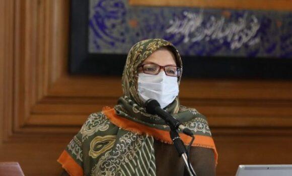 قطع میکروفون عضو شورا به دلیل دفاع از وزیر بهداشت