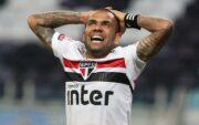 آلوس: از وجود این همه فقیر در برزیل شوکه شدهام/ میخواهم در جام جهانی قطر بازی کنم