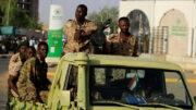 """زمزمههایی از """"کودتای نظامی"""" در سودان/۴ وزیر کابینه بازداشت شدند/اخباری از حبس خانگی نخست وزیر"""