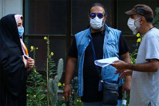 گفتوگو با برزو نیکنژاد ـ کارگردان «باخانمان»                                 فیل هوا نکردیم!/ در «دودکش» با کرونا شوخی نمیکنیم